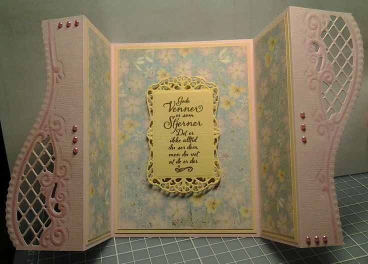 Gatefoldcard with Anja-dies from Marianne design.