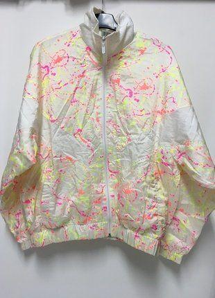 Kup mój przedmiot na #vintedpl http://www.vinted.pl/damska-odziez/kurtki/18479350-bomberka-neonova-kurtka-vintage-90-nasty-gal