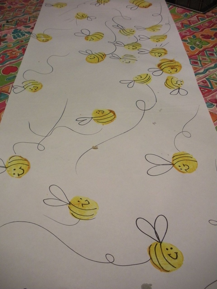 The Handley Home: Bee Wrapping Paper