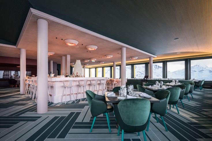 White Marmot Restaurant & Bar Bergstation | Corviglia Lifestyle und Schneesport ergänzen sich auf Corviglia seit über 50 Jahren.
