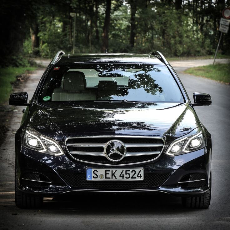 Extraordinary versatility, intelligent design, and impeccable safety: these are the hallmarks of all E-Class Estate. #Mercedes #MBCar #Cartastic #InstaCar #Luxury #Lifestyle #Estate #MercedesBenz #EClass #SEK