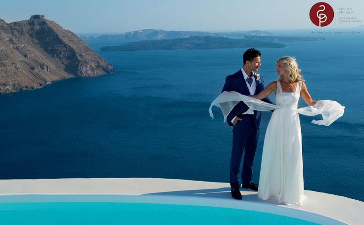 http://www.photographergreece.com/index.php/istories-gamon-vaptiseon-gr/istories-gamon-gr/106-wedding-in-santorini-lloyd-samantha  #wedding #santorini # wedding trip # greece #wedding photographer # islands # bride #phosart #studiophosart