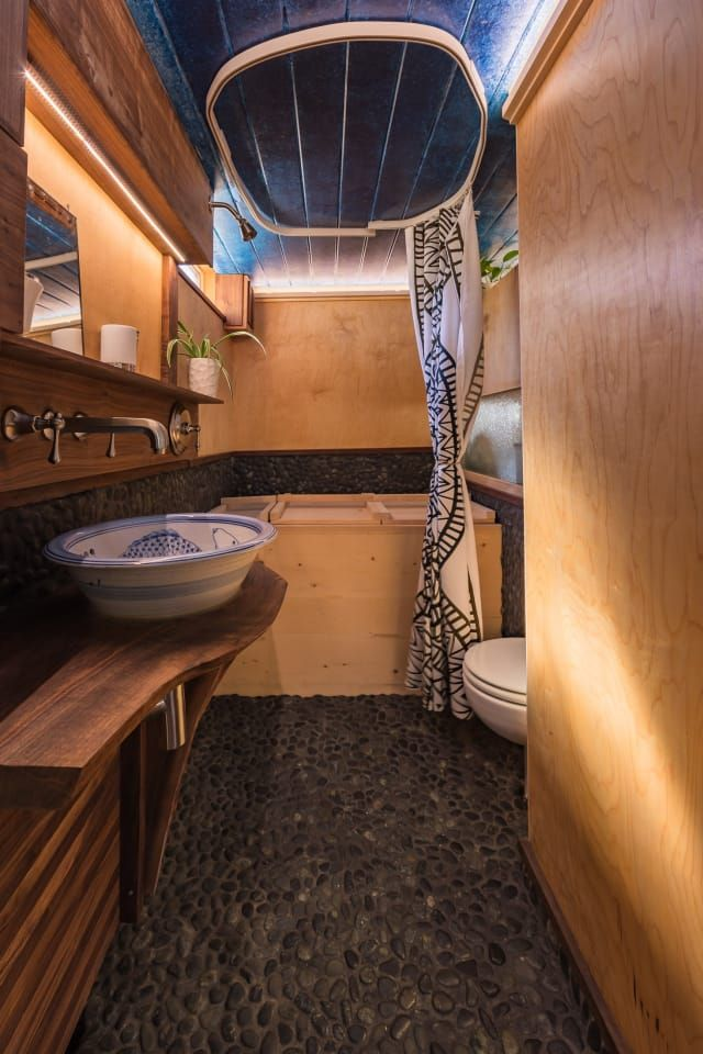 this 510 square foot houseboat is a total surprise on the inside rh pinterest com