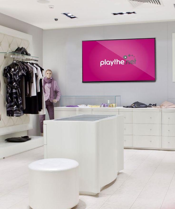 """Pantalla playthe.net interior de 55"""", publicidad viva y activa."""