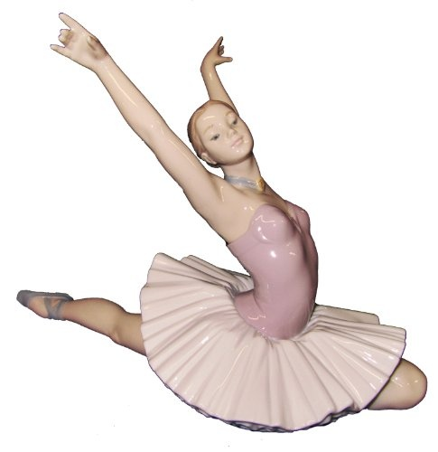 Nao by Lladro Porcelain Figurine: The Art Of Dance | http://www.cybermarket24.com/lladro-nao-porcelain-figurine-the-art-of-dance/