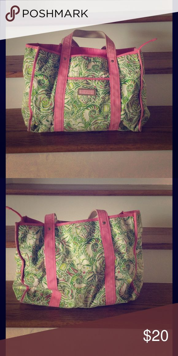 Kappa Delta Lilly Pulitzer Bag Lilly Pulitzer Kappa Delta Print Canvas Bag. Straps are slightly worn, but still great condition! Lilly Pulitzer Bags Totes