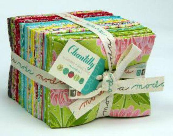 Moda - Chantilly by Lauren and Jessi Jung - Fat Quarter Bundle (32 pieces)