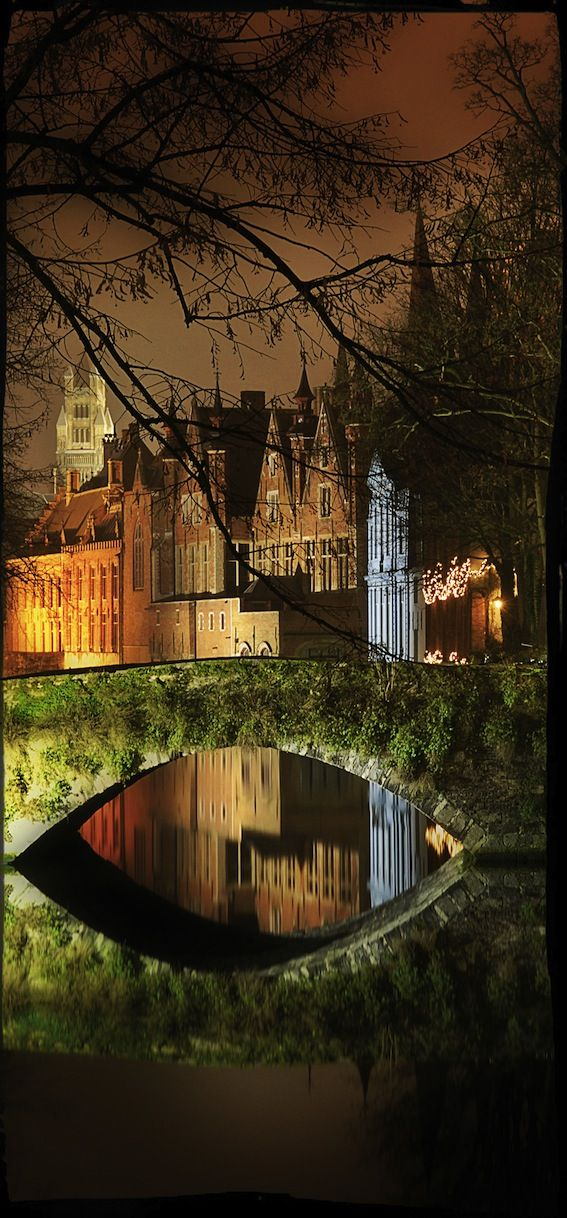 Bruges by night, picture by (c) Toerisme Brugge