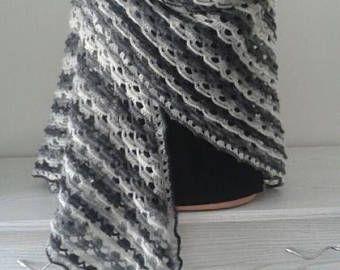 sciarpa lavorata a maglia scialle caldo fatto a mano regalo per le donne un scialle sciarpa ucraino originale Natale acrilico lana mohair