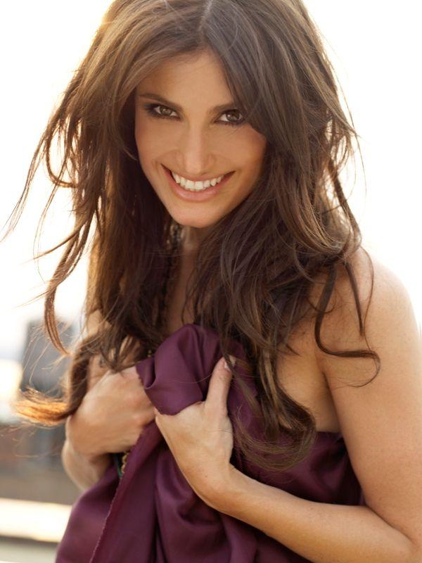 idina menzel - fantastic voice, fantastic hair