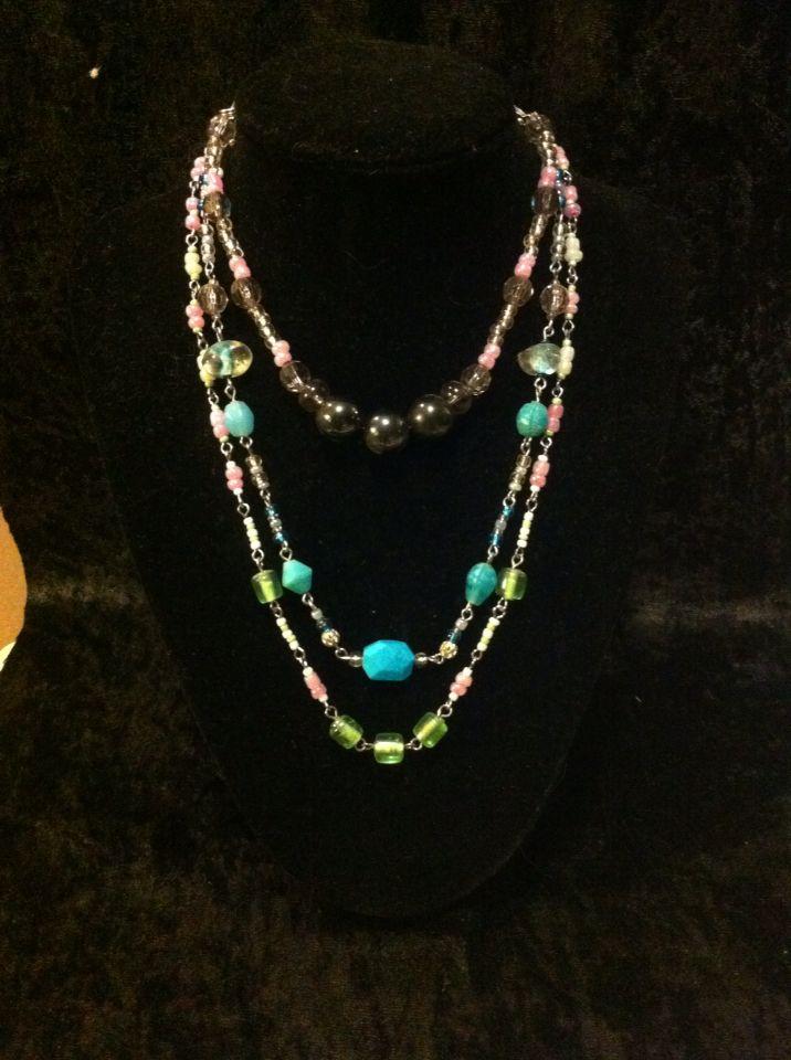 Necklace, choker and bracelet.