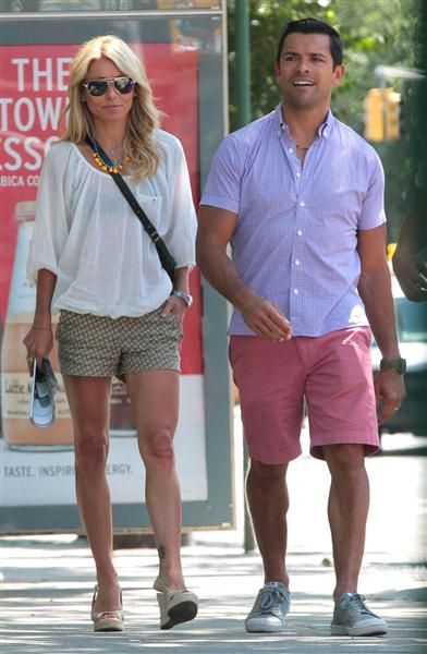 Kelly Ripa & Mark Consuelos- Want her shorts. And her awesomely toned legs! :)