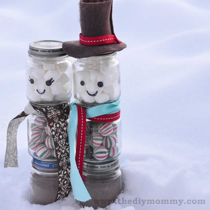 Hot coco snow people - 10 Easy DIY Holiday Gifts for Party Hosts, Friends and Neighbors - ParentMap
