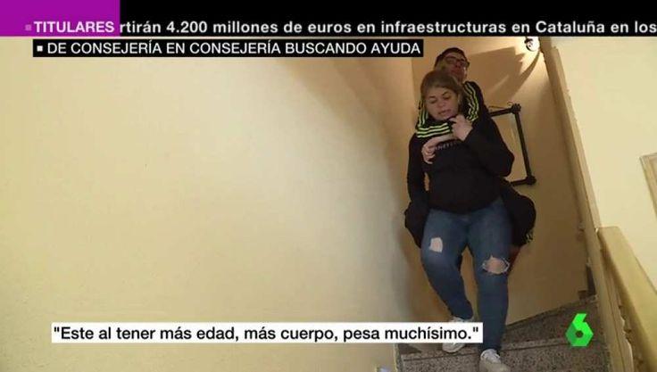 Los padres de dos grandes dependientes, obligados a cargar a cuestas con sus hijos diariamente http://www.eldiariohoy.es/2017/03/los-padres-de-dos-grandes-dependientes-obligados-a-cargar-a-cuestas-con-sus-hijos-diariamente.html?utm_source=_ob_share&utm_medium=_ob_twitter&utm_campaign=_ob_sharebar #gente #denuncia #politica #españa #Spain #pp #protesta #corrupcion #injusticia #justicia #actualidad #diario #rajoy #discapacidad #dependencia #podemos
