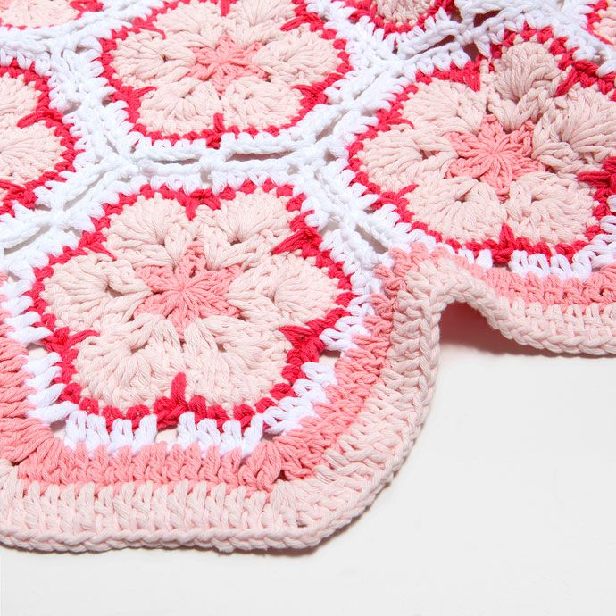 17 best images about baby crochet on pinterest granny for Zara home mantas