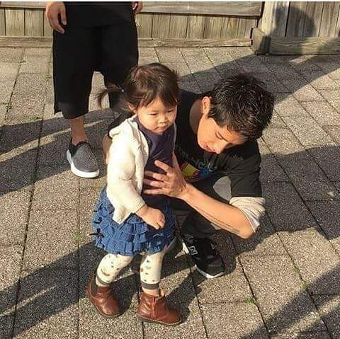 Pak taka & little girl Cr. @aori0712