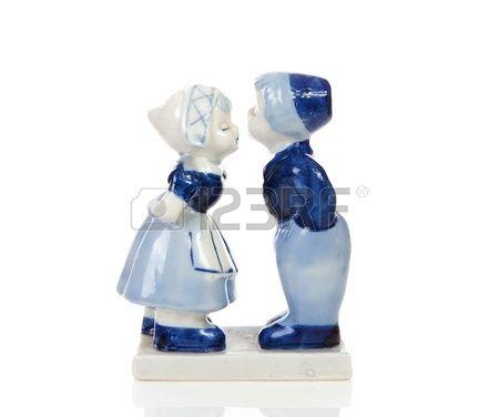 parejas con trajes tipicos en cerámica - Buscar con Google