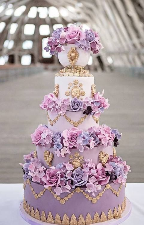 ~Shades of Purple Wedding Cake   The House of Beccaria#