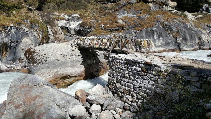 Khumjung temporary bridge