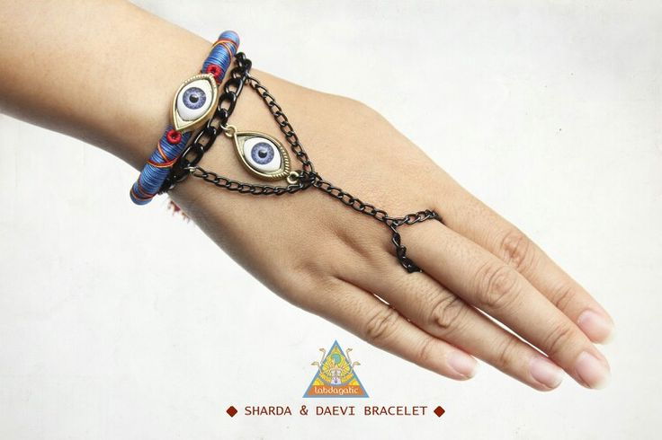 Sharda bracelet and daevy hand chain