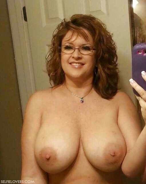 Those young milf cougar porn pic set