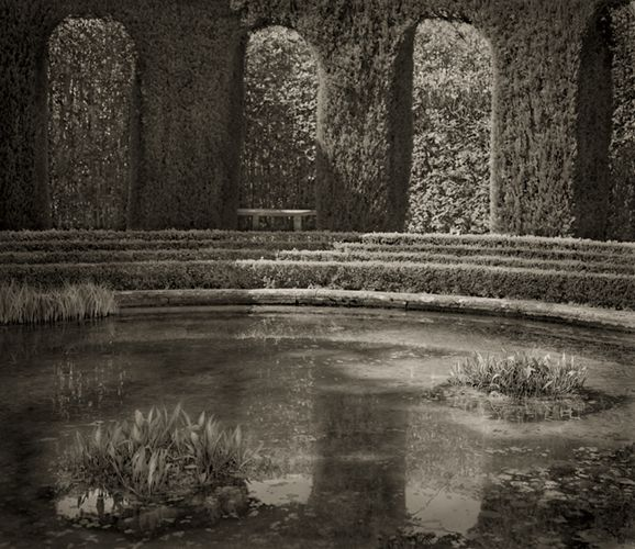 Belvedere, Villa Gamberaia - From the series 'In the Garden' by Beth Dow -   Platinum palladium print //// http://www.bethdow.com/