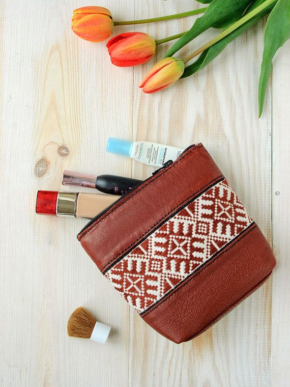 127797 mejores imgenes de add your etsy goodies here en cognac cosmetic bag leather toiletry bag leather cosmetic gumiabroncs Images