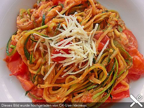 Zucchini - Spaghetti, ein sehr leckeres Rezept aus der Kategorie Gemüse. Bewertungen: 410. Durchschnitt: Ø 4,6.