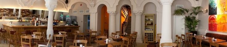 Van Gogh Grand Cafe, Bucharest