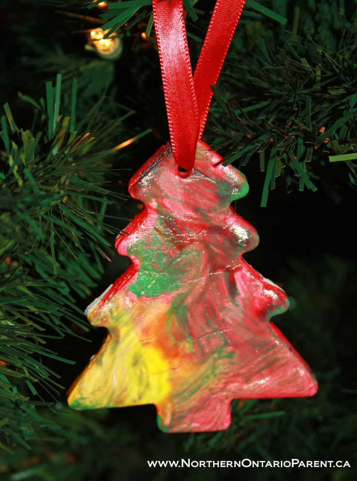 Cornstarch Dough Ornament  Here's how to make it: http://www.northernontarioparent.ca/#!craft--cornstarch-clay-ornaments/c134j