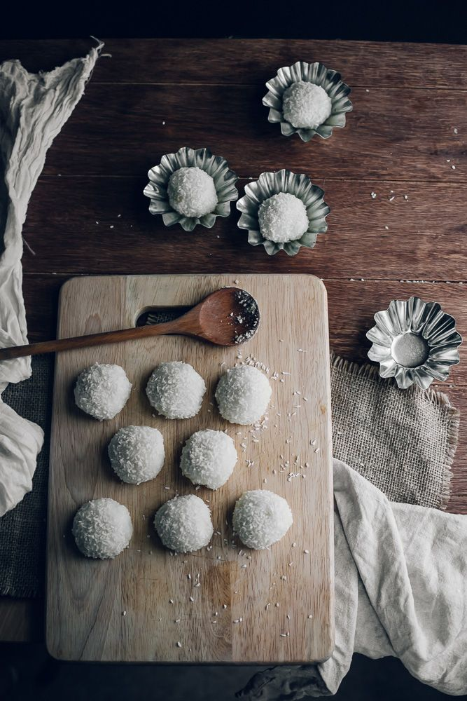 Peanut & Sesame Mochi Balls (Nuomici) | Jet & Indigo