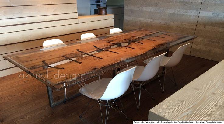 tavolo in bricola veneziana, antichi chiodi e resina realizzato da Azimut resine in collaborazione con la studio Dada Architecture di Crans Montana. Le bricole veneziane rivivono in questo splendido tavolo di design
