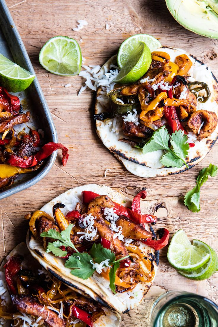 Sheet Pan Poblano Chicken Fajitas - 1 pan, healthy, with pantry staple ingredients, ready in 30 mins...your dream weeknight dinner! @halfbakedharvest.com