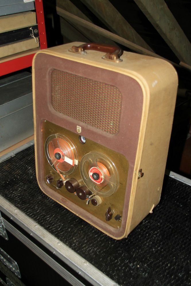 Super rare collectable Phillips EL3530 reel to reel tape recorder - very early