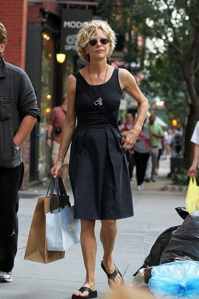 Meg Ryan Photos - Meg Ryan and John Mellencamp Take a Stroll - Zimbio
