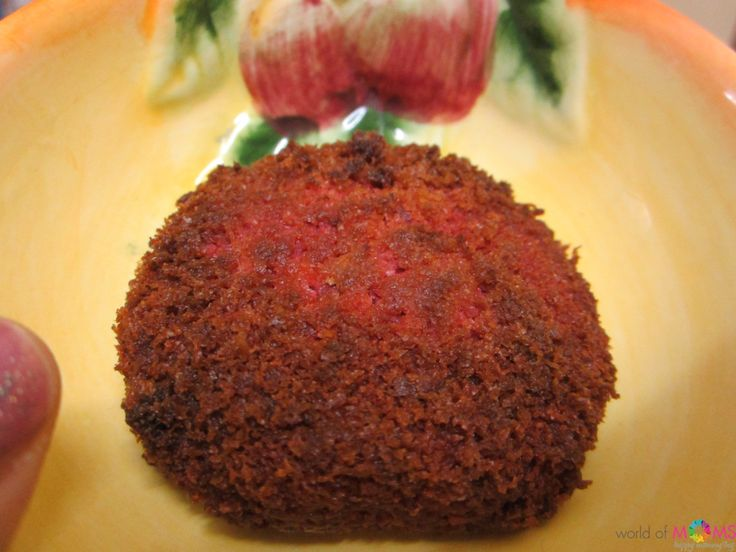 Oat Crusted Beet Cutlets are easy, delicious, healthy and colorful snacks for kids and adults alike. They make the perfect snack for your kid's lunch/snack box. They can also be an interesting and healthy finger food for your babies or an excellent starter for your kid's birthday party.These can also be converted to main course by using them as burger patties clubbed with a host of vegetables.