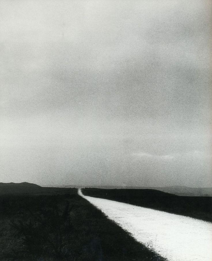 liquidnight: Bill Brandt Unknown location, 1940s From The Photography of Bill Brandt