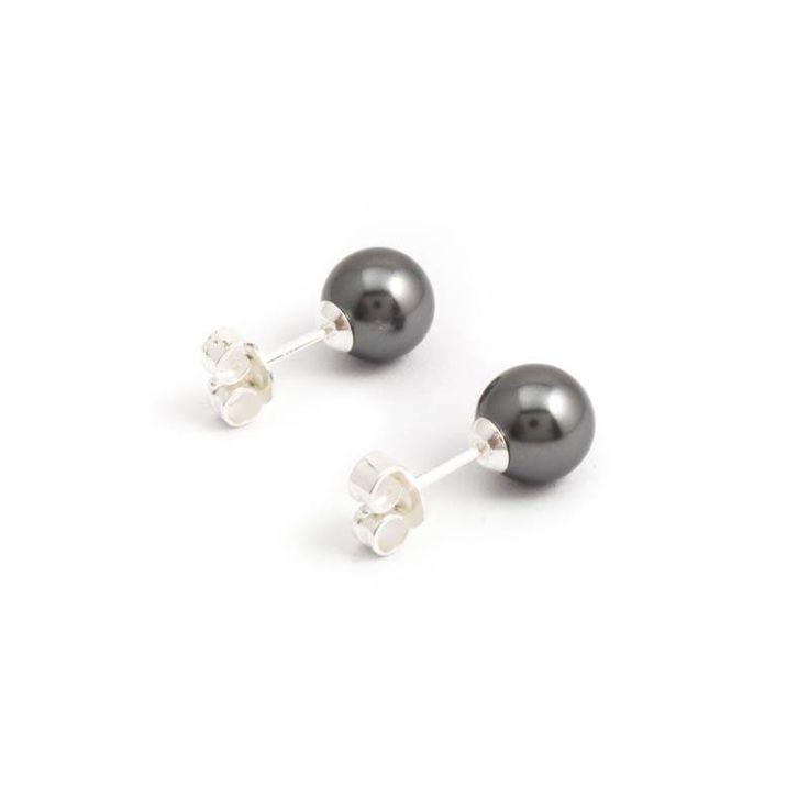 Grijze parel oorknopjes van 8 mm dark grey Swarovski parels