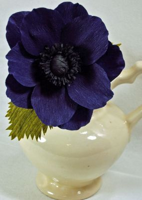 CREPE PAPER ANEMONES TUTORIAL, SEVERAL VARIATIONS: excellent tutes... many variations anemone2_lg (285x399, 17Kb)