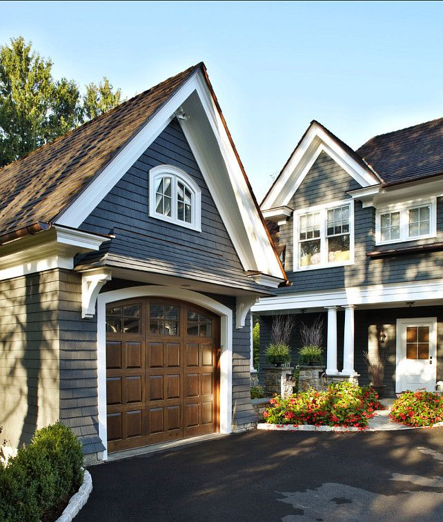 R Eakly Like The Faux Wood Garage Door Against House Color Trim Exterior Paint Benjamin Moore S Evening Dove