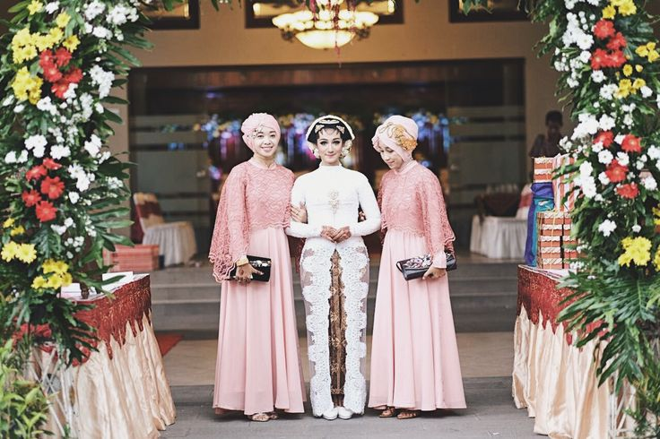#JavaneseBride #Bride #bridesmaid #indonesianwedding #indonesia