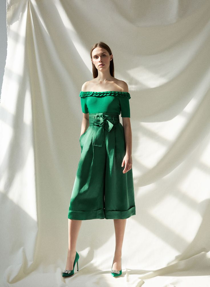 Salón raso verde - Ver todo - Calzado - Uterqüe España