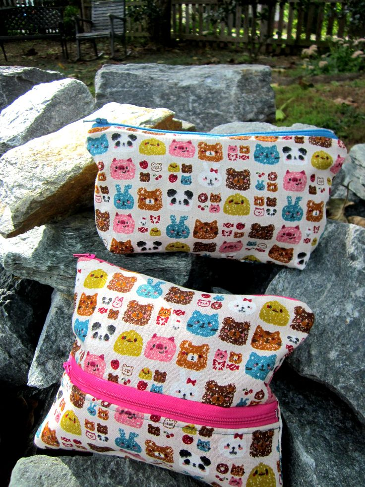 A cute little Pouch. Hulagirlbags Instagram. htpps:www.facebook.com/hulagirlbags #pouches