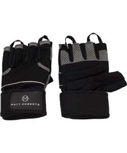 Matt Roberts Fitness Gloves - Ideal for all your workout sessions, these Matt Roberts fitness gloves feature an extra strap for superior wrist support as well as extra padding on the palm for added comfort. Produced from breathable material for ventilation, these fitness gloves are ideal for weight training, circuits or when using elliptical trainers or exercise bikes. €13.49