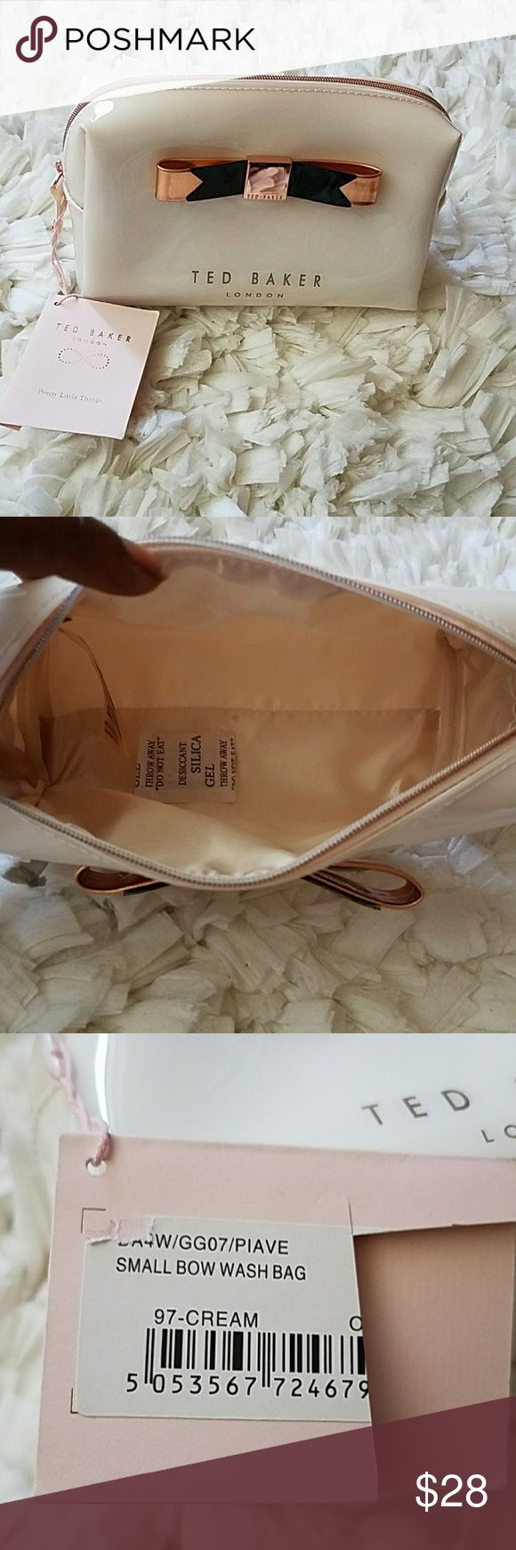 """Ted Baker London Small Bow Cosmetics Bag 7"""" width, 5.5""""height, 3"""" base, 3"""" side width Cream body Light rose pink-gold hardware and bow New, never used  YES AUTHENTIC  🛇Trades Ted Baker London Bags Cosmetic Bags & Cases"""