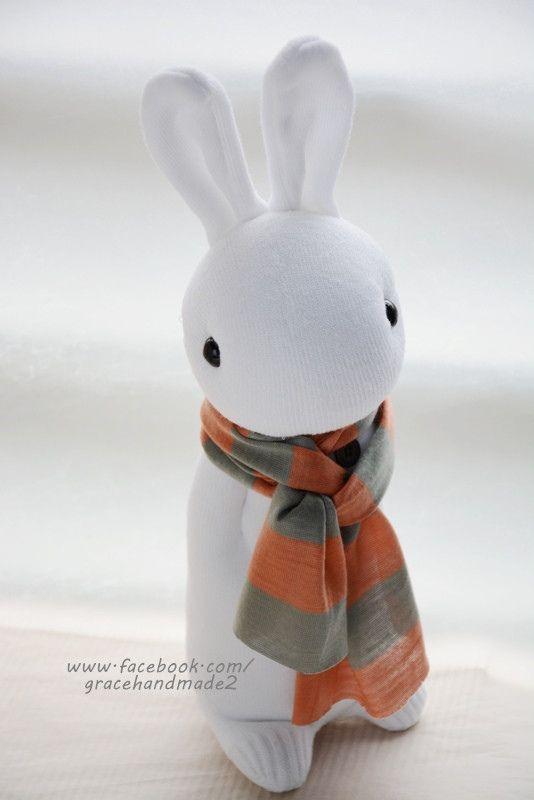 Носки куклы 337 белого больше, чем у кроликов м (1)