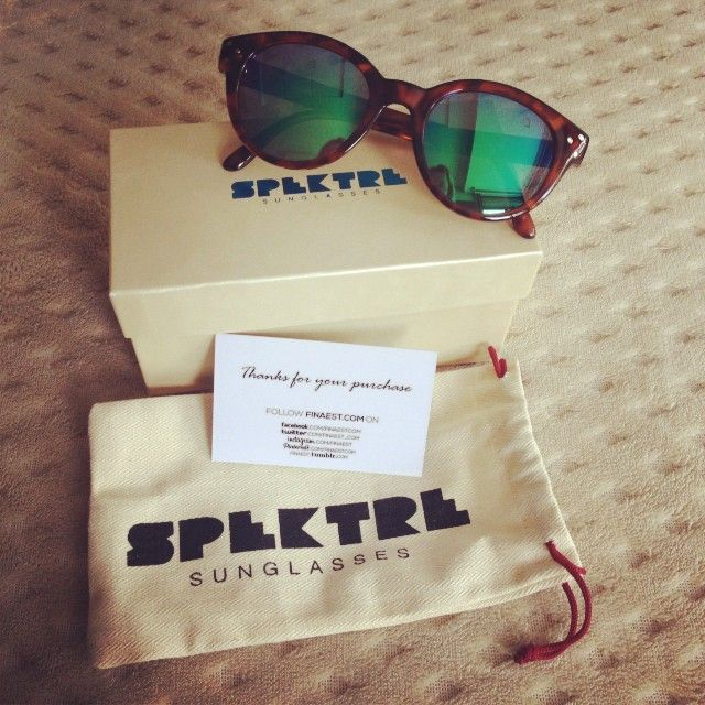 Regram from our Brasilian customer and stylist Damylla with her new Spektre Vitesse! Thanks again!  Discover the SPEKTRE collection at WWW.FINAEST.COM | #spektre #vitesse #finaest #spektrevitesse #sunglasses #packaging #sunnies #spektrevitesse #fashion