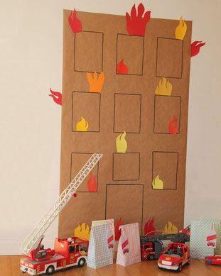 Die richtigen Demo Elemente für den Feuerwehr Kindergeburtstag. Hier bekommst du einen tollen Download für eine Menge Dekorationsmaterial und die perfekte Feuerwehr Kinderparty. Schließlich möchten Kinder ganz und gar Feuerwehrmann sein an diesem Tag. Auch viele coole Spielideen zum Feuerwehr Geburtstag findet ihr auf dem Limmaland Blog. www.limmaland.com…