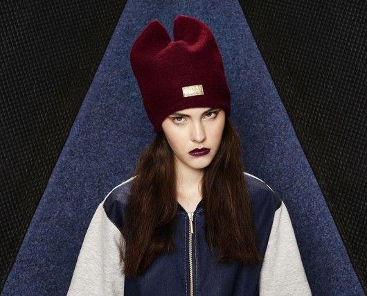Wełniana czapka bordowa