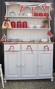 Painted Shabby Chic Dresser.